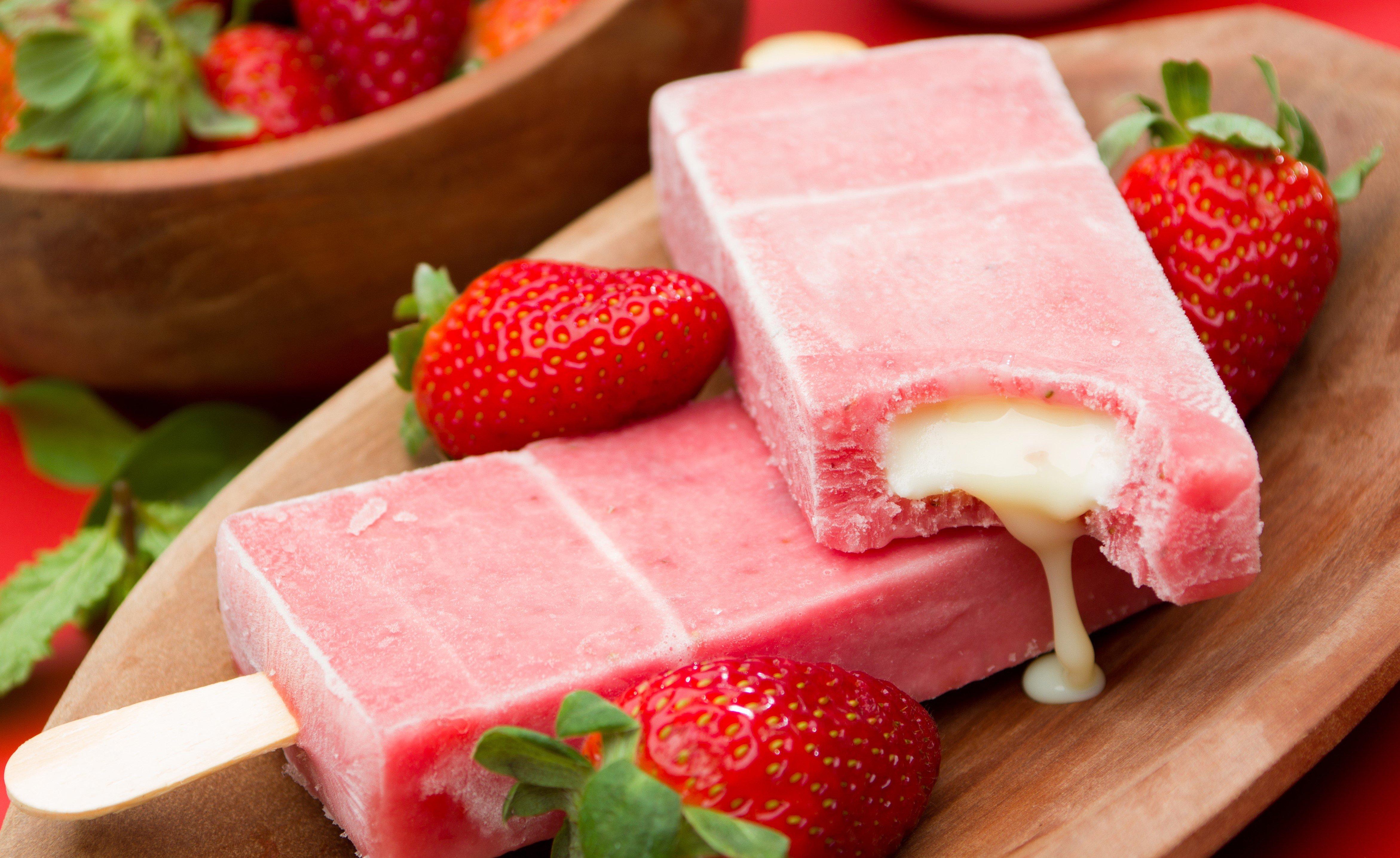 CEC Strawberry Flavour 7388-03