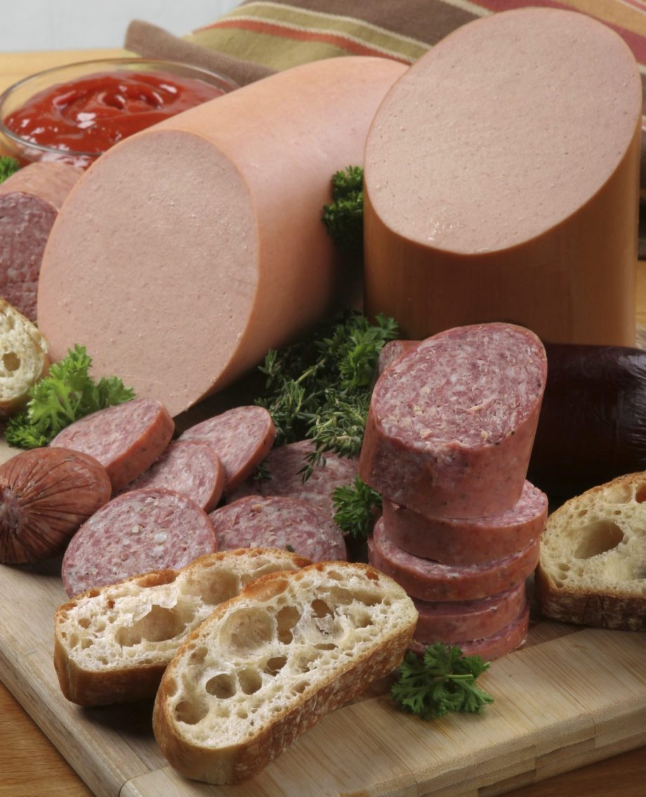 11 – GPI 2425 – Cold cuts Luncheon-Meats-iStock_000011925985
